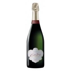 Le Champagne Brut Carte Blanche Cristian Senez vous séduira par sa personnalité. Au nez, vous trouverez des notes de fleurs d'orangers et de jasmin. En bouche, c'est unsavoureux mélange de fruits jaunes rafraîchissants et goûteux, explosif et citronné. Idéal pour un apéritif festif !